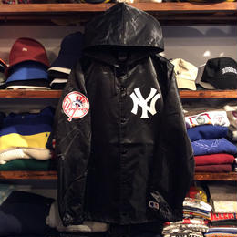 "Majestic ""NY"" hooded coach jacket (Black)"