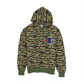 "【残り僅か】Champion ""Big C logo""  HOODED SWEAT (Tiger camo)"