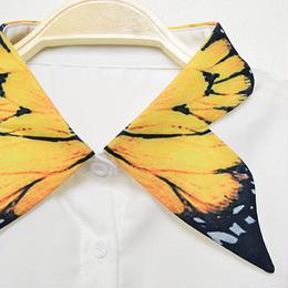 ■ 鮮やかな蝶々柄グラフィックプリント 付け襟【No.0145】