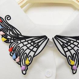 ■ カラフルビジュー付き、蝶々刺繍の付け襟【No.0154】