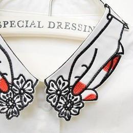 ■  赤いネイルのお花摘み刺繍付け襟 【No.020】