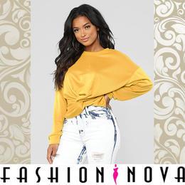 【Fashion Nova】フロントツイストスウェットトップ
