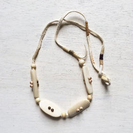 Horn Beads Necklace / White