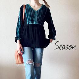韓国ファッション★エスニック調 刺繍ブラウス/ボヘミアン トップス/刺繍デザインシャツ