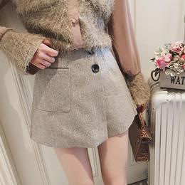 ボタンスカート風パンツ