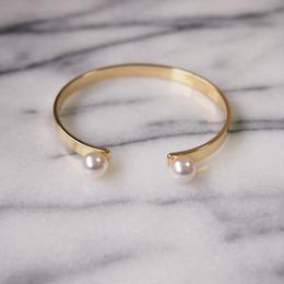 twin pearl bangle