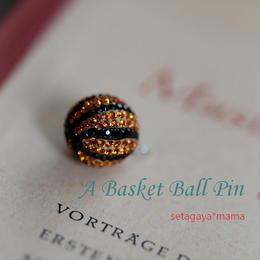 Mint & Silk バスケットボール ピンバッチ