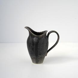 ピッチャー 黒 (1)