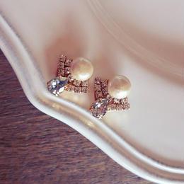 small swarovski drop pierce