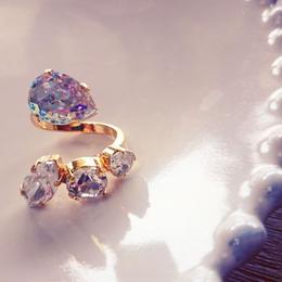 4 bijou ring