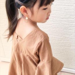 kids☻背中デザインが可愛い袖フレアトップス【ブラウン】