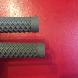 CULT _VANS CULT WAFFLE FLANGED GRIPS (GREY)