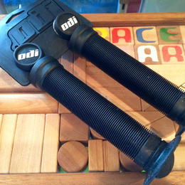 ODI LONGNECK ST GRIP  color:BLACK