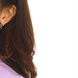 Vintage Black Flower Pearl earrings catch