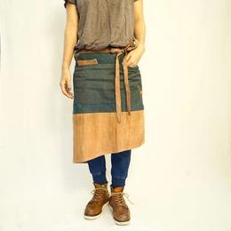 【 production on order 】Cafe apron / one-off  (indigo × persimmon patchwork )