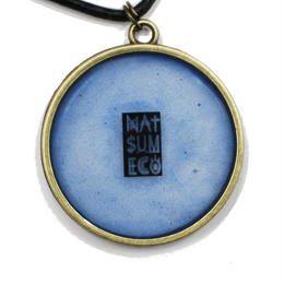 NATSUMECO LOGO NECKLACE / BLUE