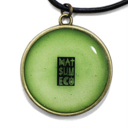 NATSUMECO LOGO NECKLACE / GREEN