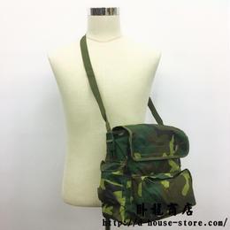 中国人民解放軍91式携行バッグ リュック 背嚢 森林迷彩 未使用品