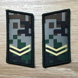 【上等兵】中国人民解放軍07式迷彩服用 林地迷彩柄 襟章 階級章
