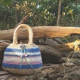 Round tote bag by kamie