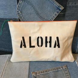 ホワイトレザークラッチバック(aloha)