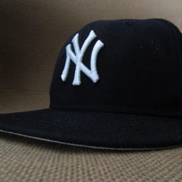 New York Yankees NEW ERA UNDEFEATED コラボ NY WORLD SERIES CHAMPIONS ベースボール キャップ