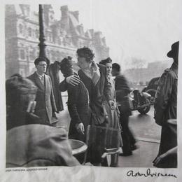 90's USA製 Robert Doisneau FOTOFOLIO kiss by the Hotel de ville フォト TシャツXLロベール ドアノー パリ市庁舎前のキス【deg】
