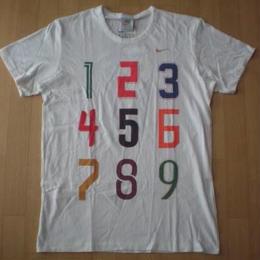 NIKE ホワイトレーベル・NUMBERS・Tシャツ サイズ・M 正規品(株)ナイキジャパン) 未使用品 -729