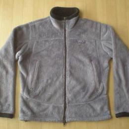 PATAGONIA R4・山刺繍タグ・フリースジャケット サイズ・WOMEN'S・M 正規品 MADE IN USA 625 難有り -740