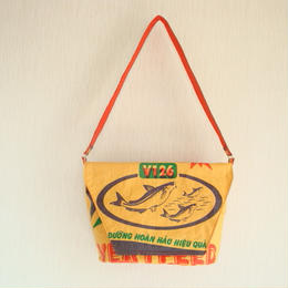 tuan tuan -messenger bag-