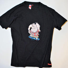 UUU. -Sumou Wrestler T-Shirt(BLACK)-
