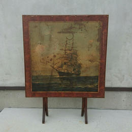 Vintage  Folding table  ( Picture of the ship)