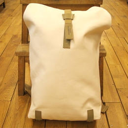 BROOKS / PICKWICK BACKPACK 26  / white