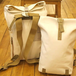 BROOKS / PICKWICK SMALL BACKPACK / White