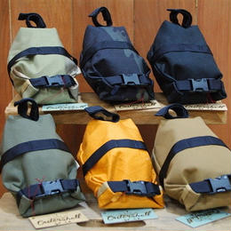 OUTER SHELL ADVENTURE / ROLLTOP SADDLEBAG