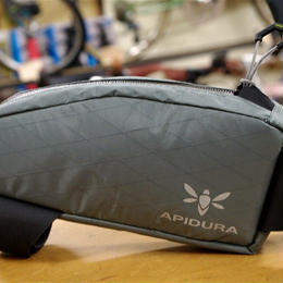 APIDURA / TOP TUBE BAG