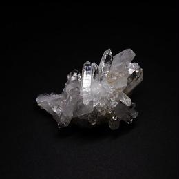 ヒマラヤ水晶クラスター カンチェンジュンガ産
