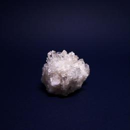 ネパール、マカルー産ヒマラヤ水晶クラスター  52g