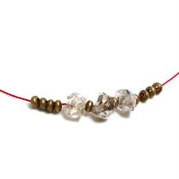 ダブルポイント水晶のネックレス B