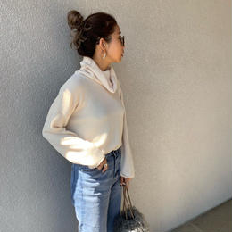 turtleneck knit cut tops