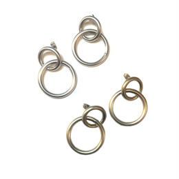 smooth double hoop pierce