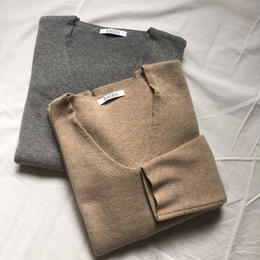 basic Vneck knit