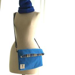 二つ折りショルダーバッグ(ブルー帆布×チェックインド綿)