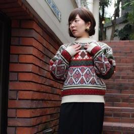 幾何学ダイヤ柄 ニットセーター