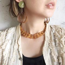 japan vintage lucite chain necklace
