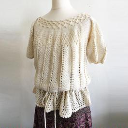 1970s crochet knit top