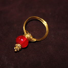 Vintage Wire Art Ring  (RED)