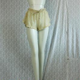 VICTORIA' S SEACRET Gold Mesh Short pant