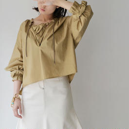 near.nippon / PULLOVER BLOUSE / BEIGE