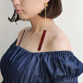 shiki / LONG PIECES EARRINGS / RED